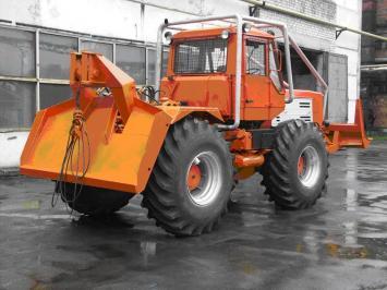 Трактор ЛТ-157