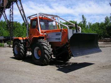Трактор Т-157